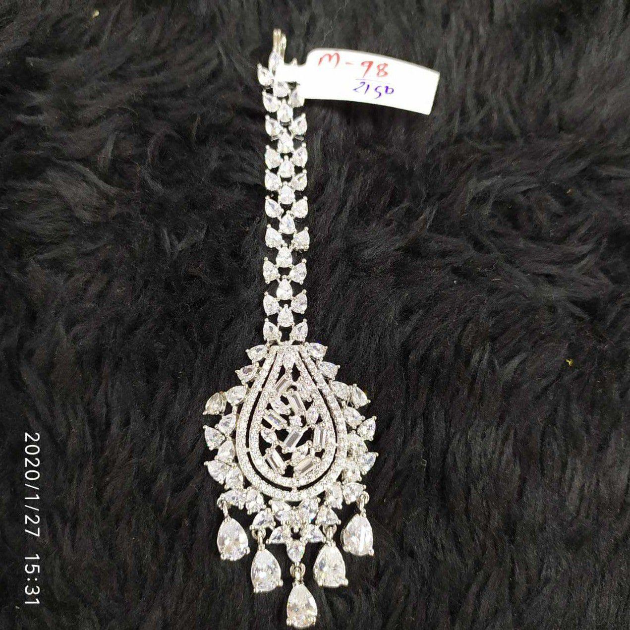 Beautiful Diamond Tikka#903