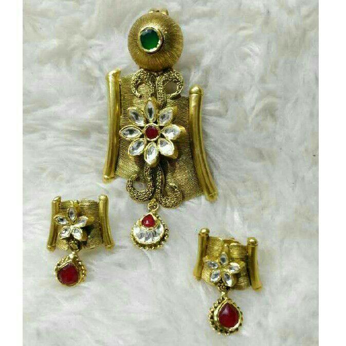 22K / 916 Gold Antique Jadtar Flower Pendant Set