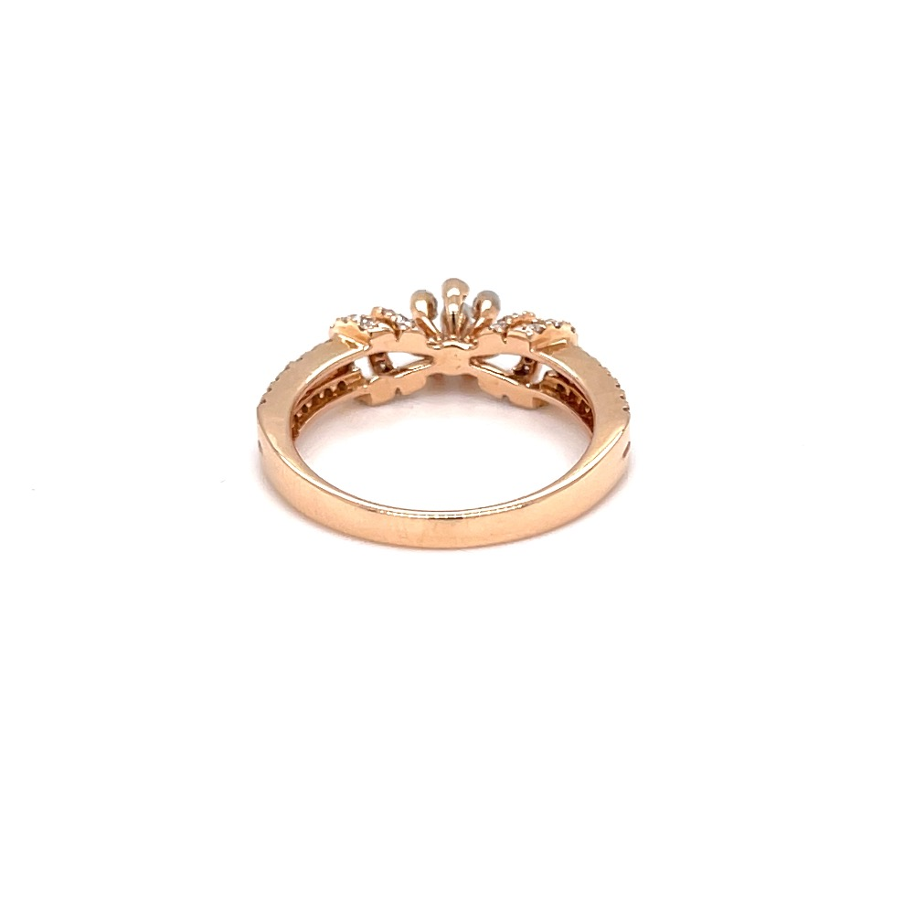 Floral design with dual band diamond ring in rose gold