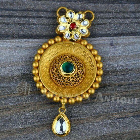 Jadtar Mangalsutra Pendant In Round Shape Woth Veni Work