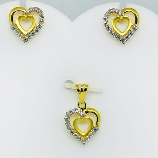 916 gold heart shape pendant set