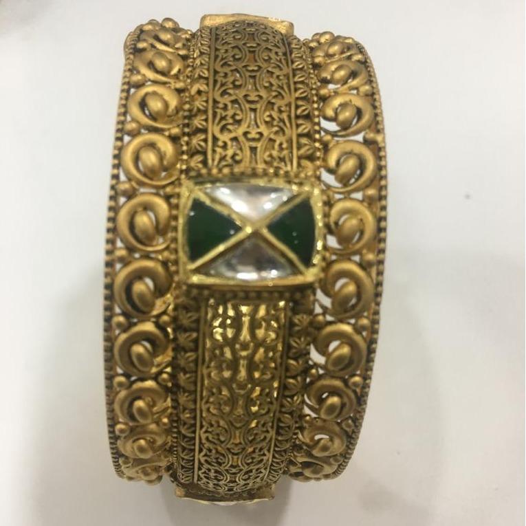 22KT Gold Antique Jadtar Kada For Bridal KV-B002