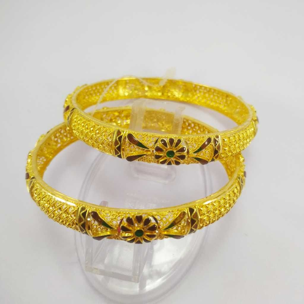 22 K Gold Rajwadi Bangle. NJ-B0260