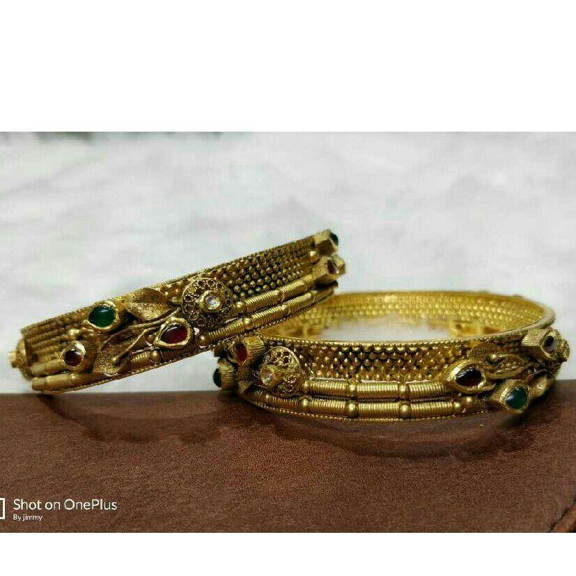 22K/916 Gold Antique Jadtar Ladies Bangle