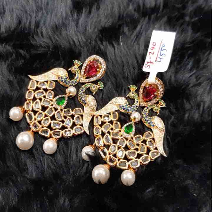 Green diamond kundan earring sy240