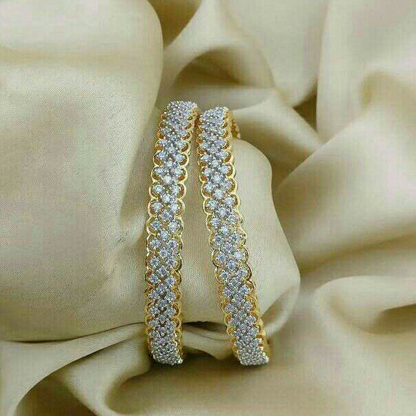 18KT Fancy Real Diamond Designer Bangle