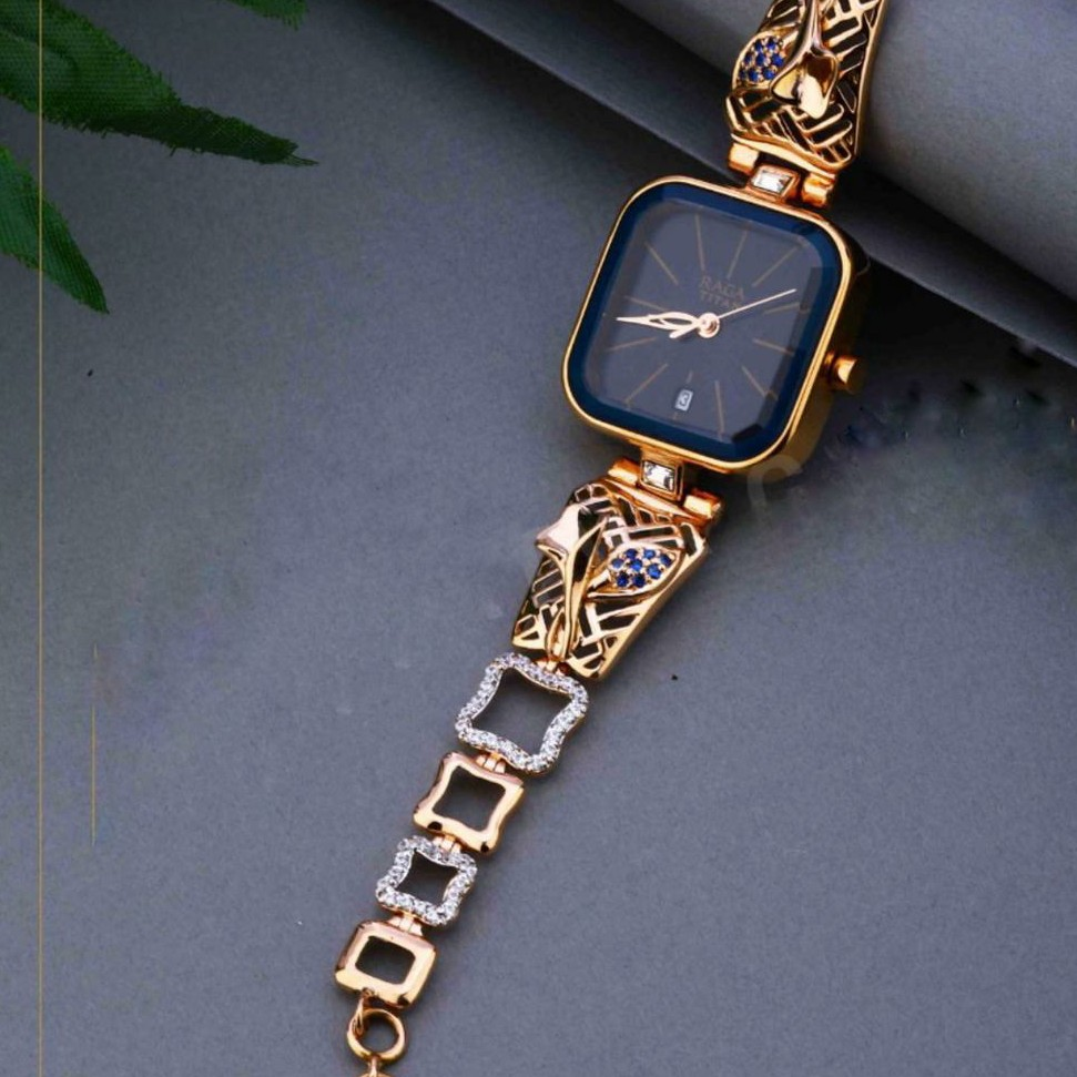18KT Gold ethics festival square dial watch Ladies