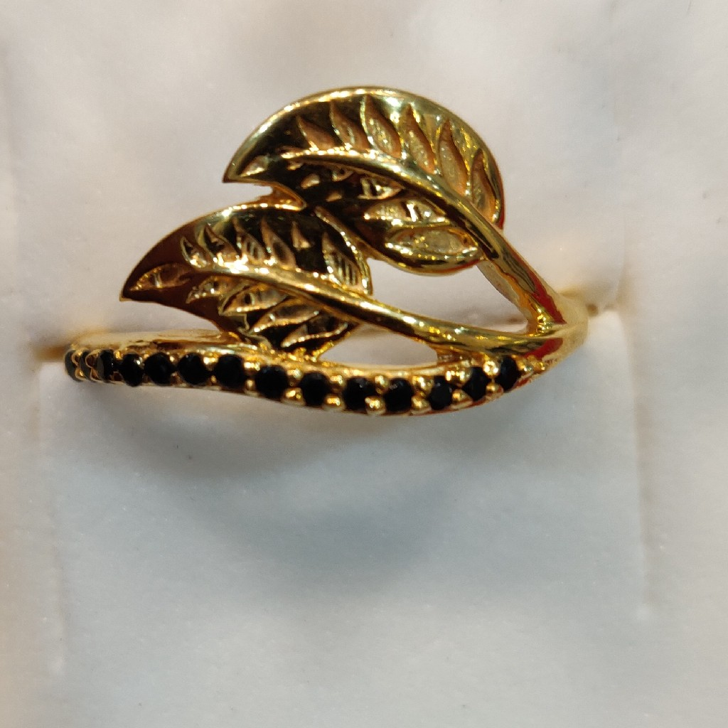 Beautiful black diamond ring