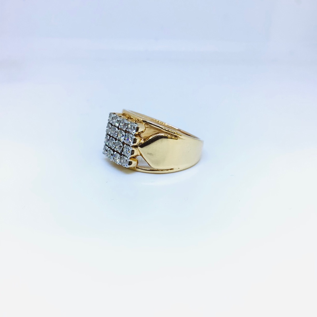REAL DIAMOND FANCY RING