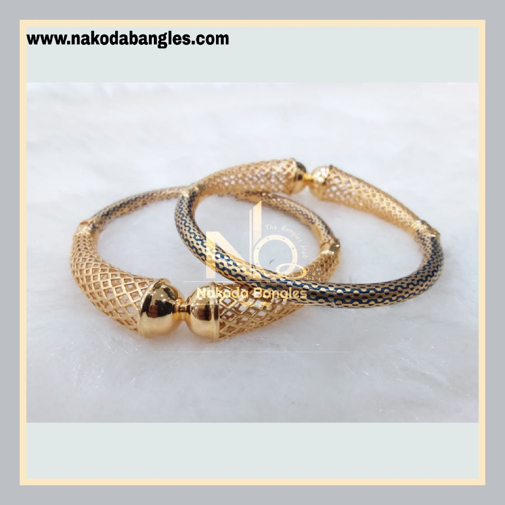 916 Gold Pipe Bangles NB - 886