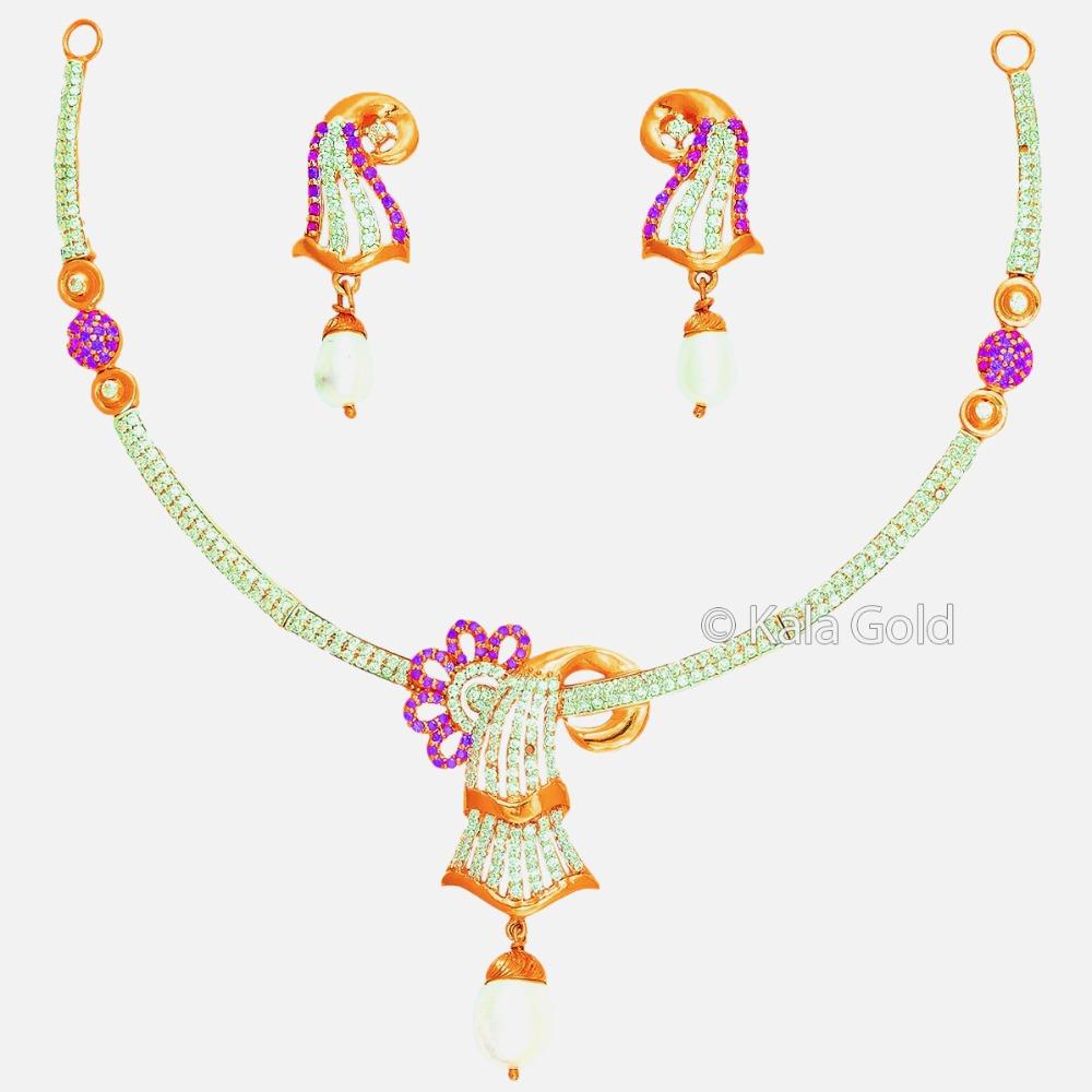 916 CZ Fancy Flower Shaped Diamond Necklace Set
