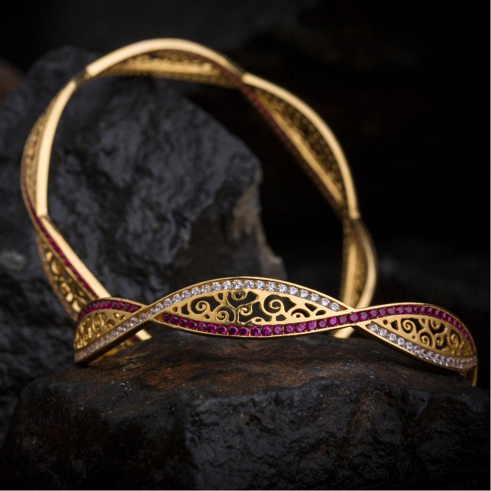 filigri designer diamond bangle