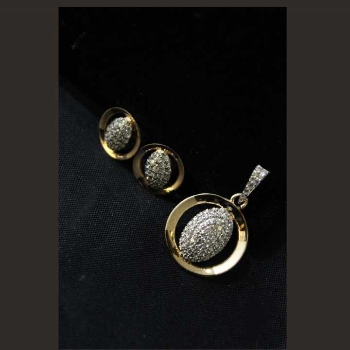 22 K Gold Fancy Pendant Set. nj-p01190