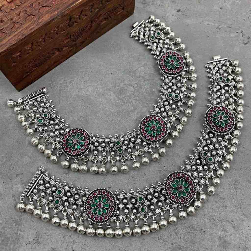 antique 925 silver cut stone studded Payal