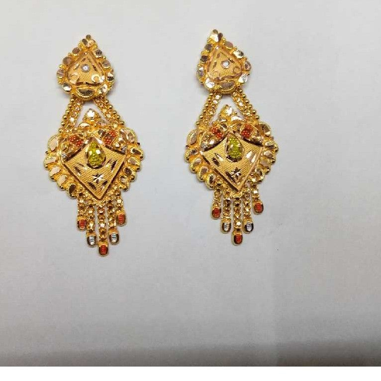 18kt Gold Stylish Earrings