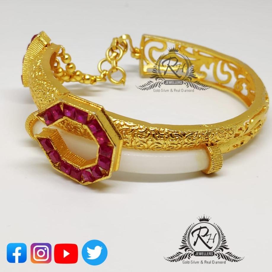 22 carat gold ladies bangles RH-LB075