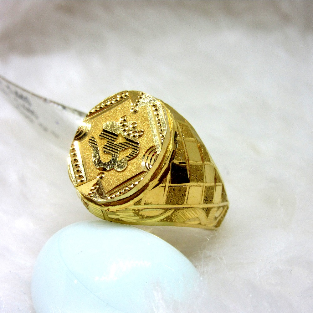 Gold Classic Om Gents Ring