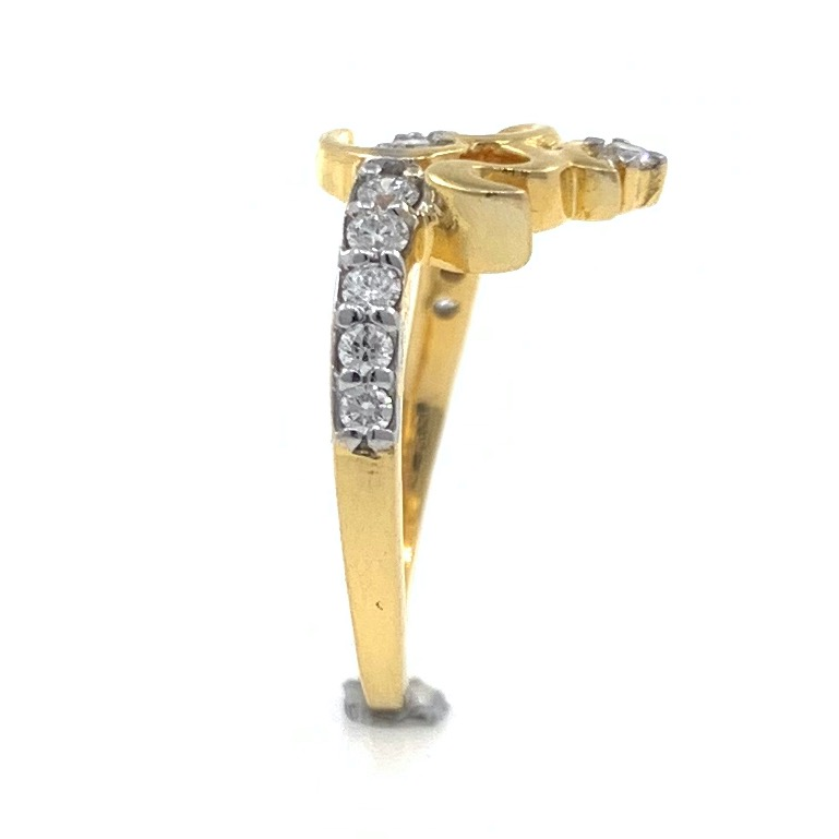18kt / 750 yellow gold traditional om diamond ring for ladies 6lr268
