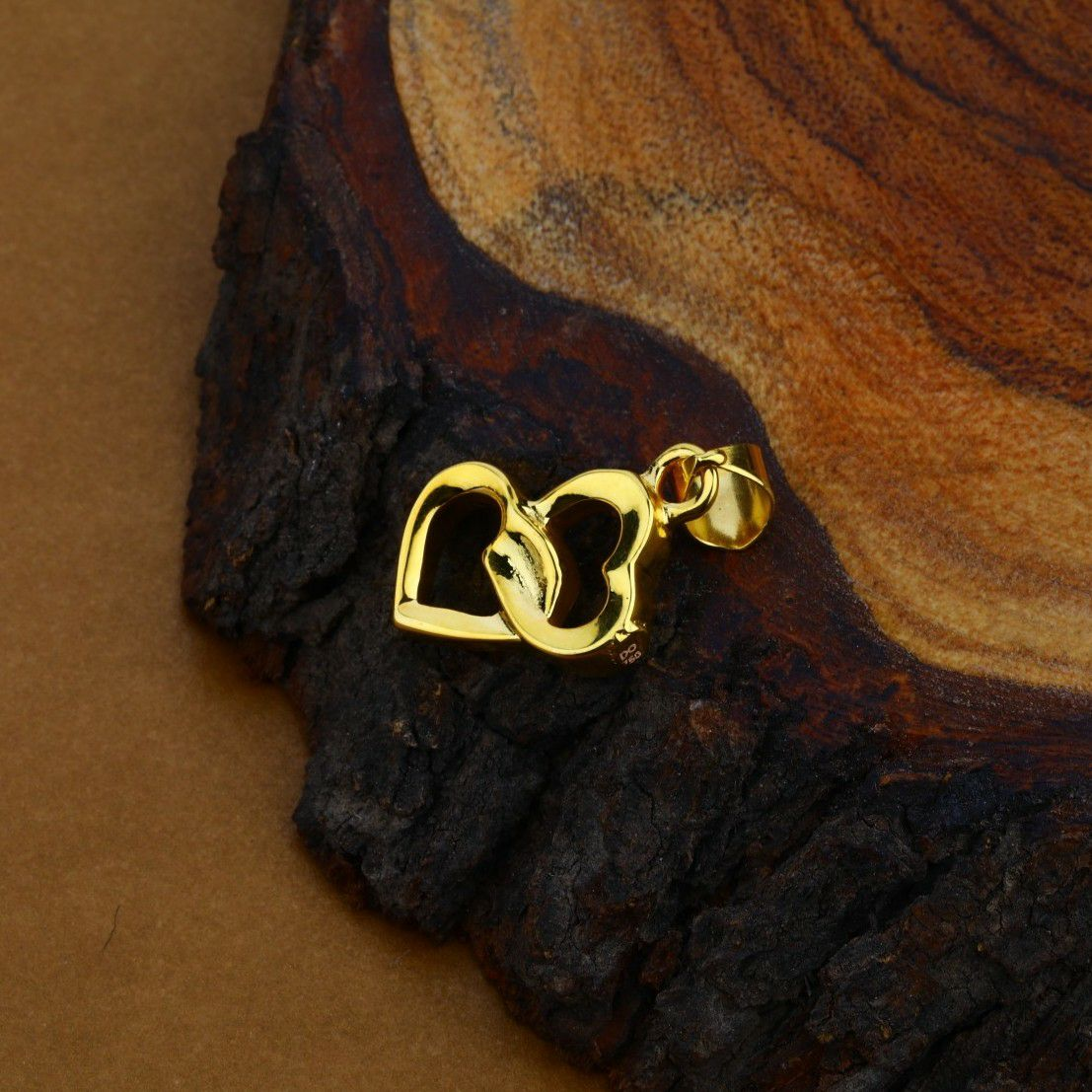 Heart Design Fancy Hollow 18K Gold Pendant-HLP13