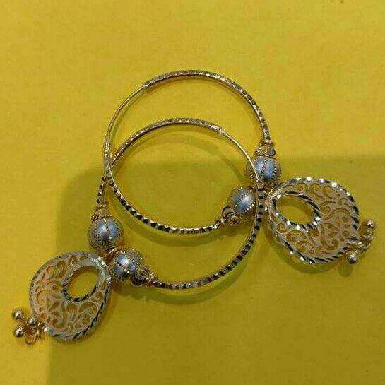 20Kt Gold Designer Ladies Round Modern Earrings