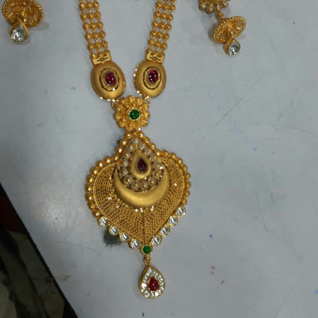 916 attractive necklace set