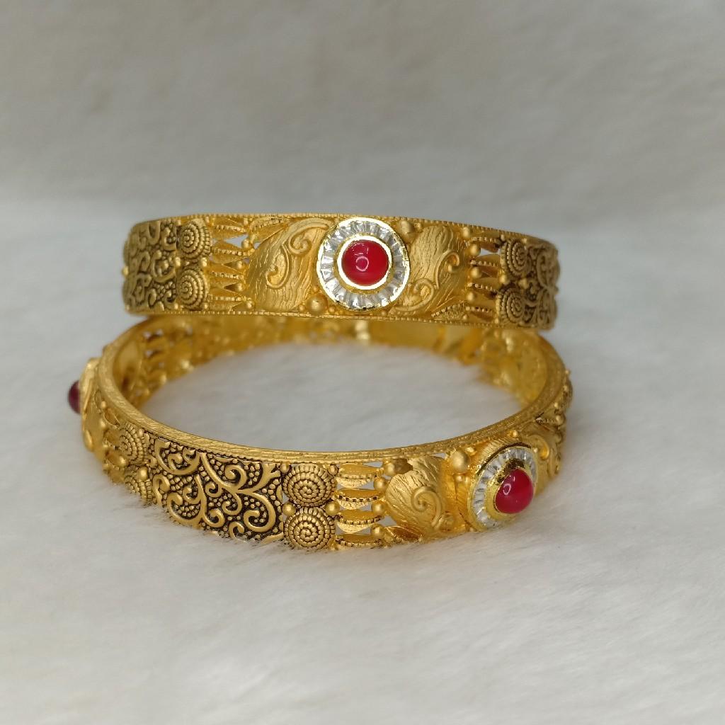 antique jadau bangle