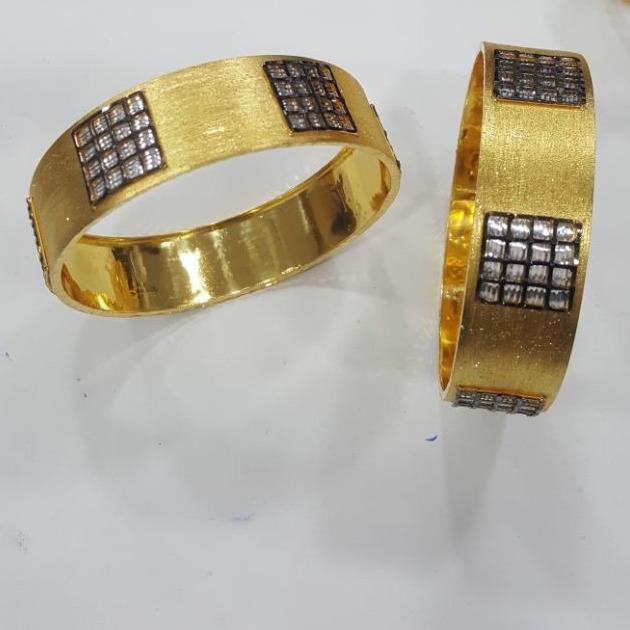 916 gold Oxidized patala