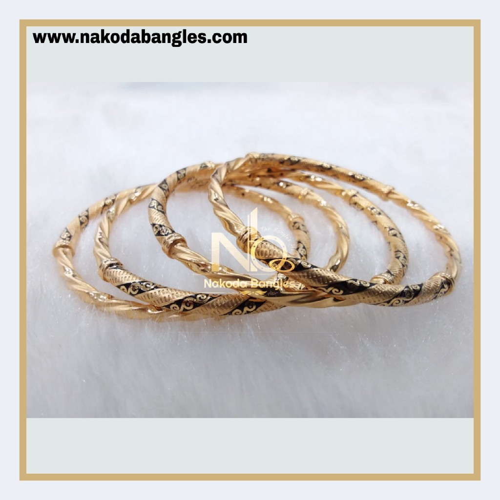 916 Gold Pipe Bangles NB - 888