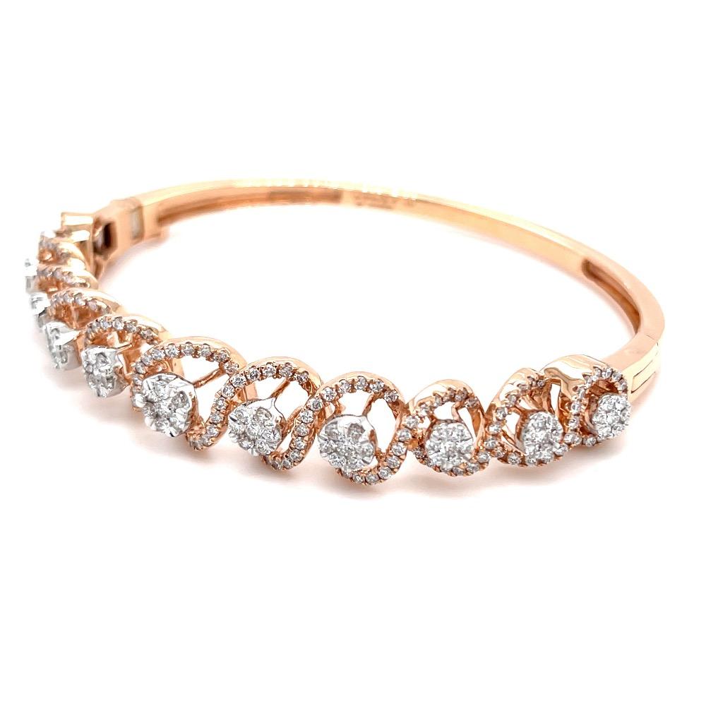 Atemberaubend Diamond Bracelet in a Swirling Design