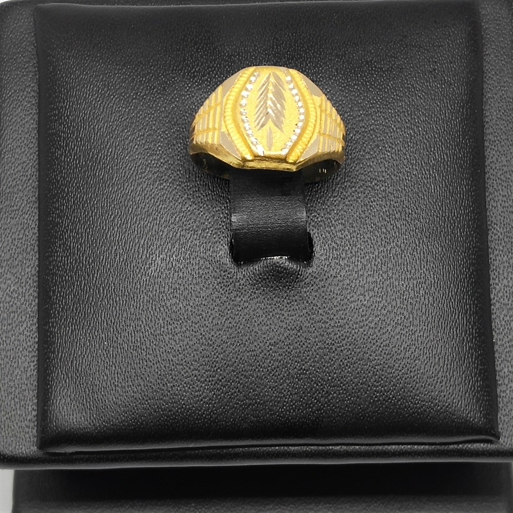 18Kt gold fancy gents ring dj-r001
