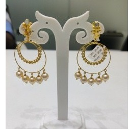 18k gold designer earings with pearl