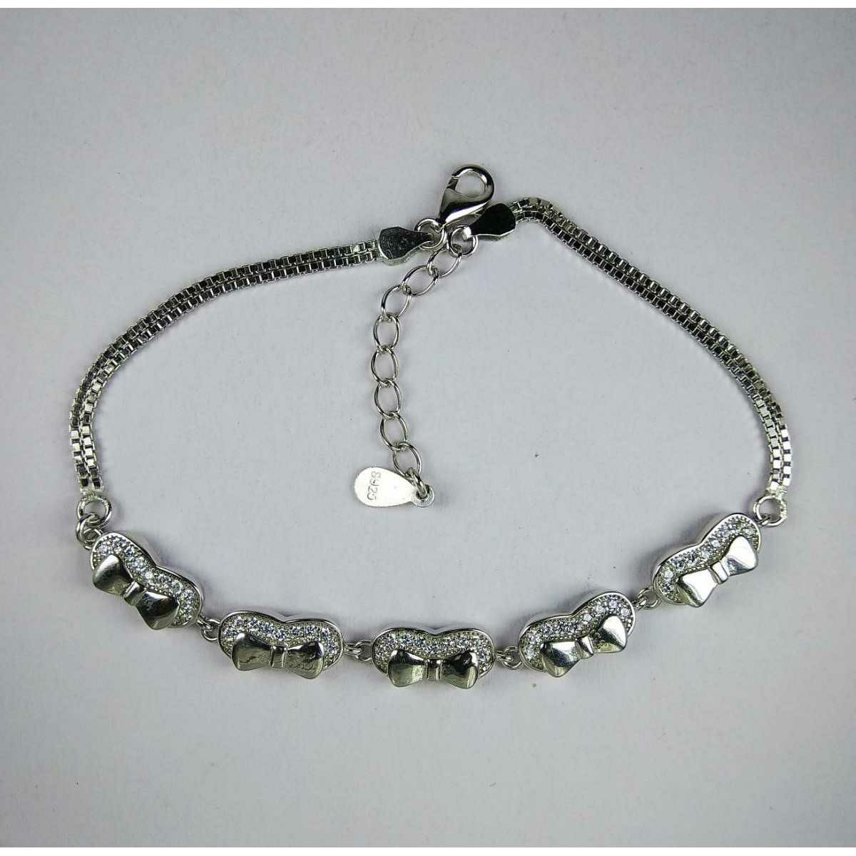 Branded 925 Silver Fancy Ladies Bracelet With Bow Shape