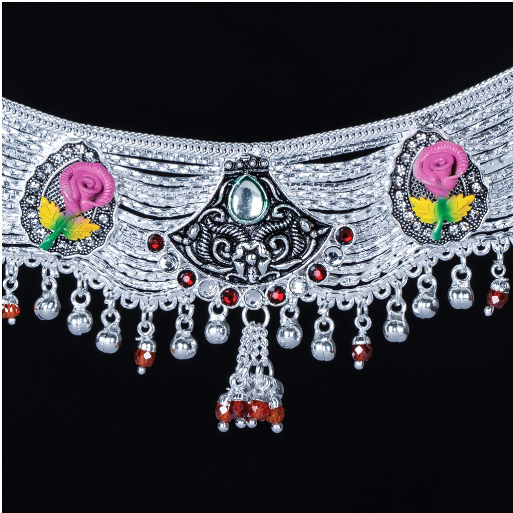 Silver Designer Broad Payal