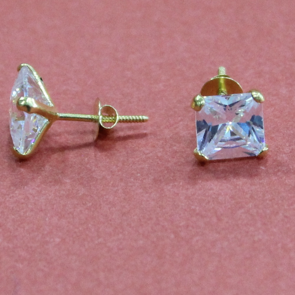 18KT Gold single White color Stone Casual Wear earring for Universal