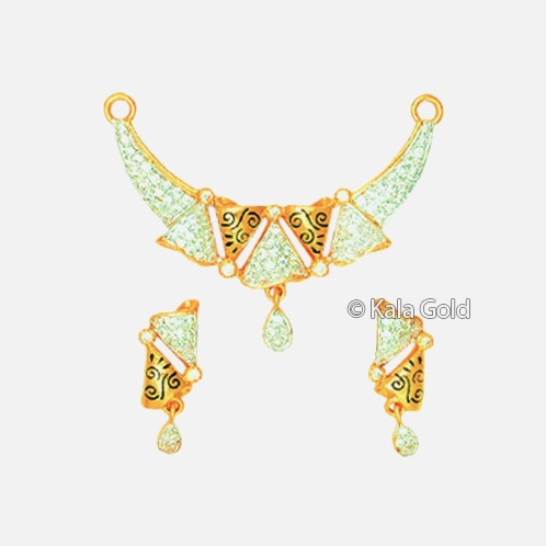 22KT Gold Attractive Diamond CZ Pendant Set