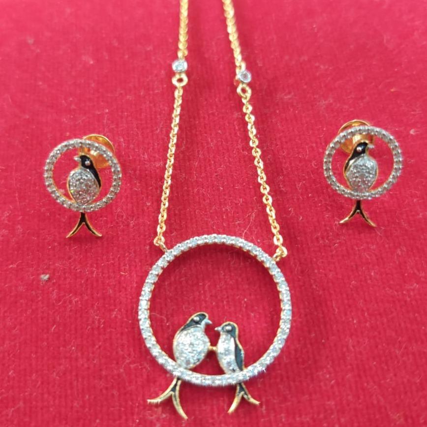 916 CZ gold Hallmark  Bird's Antique  Pendant Set