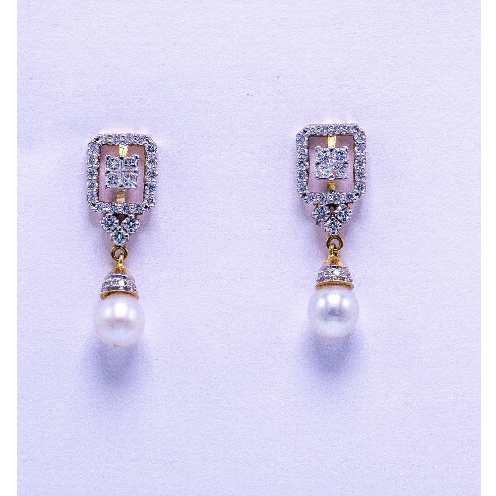 18K Gold Diamond Earrings AGJ-ER-02