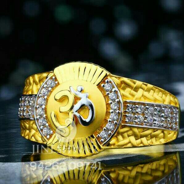 Exclusive Rang Of Gents Ring 916