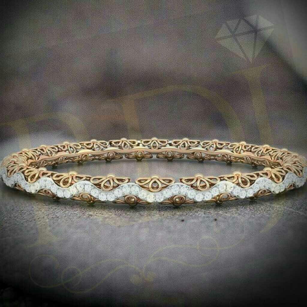 18KT Yellow Gold Fancy Design Diamond Bangle