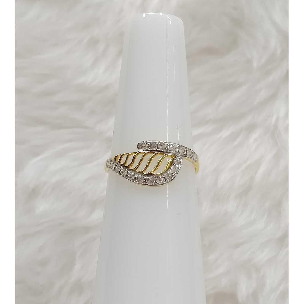 22KT Gold Designer CZ Ladies Ring