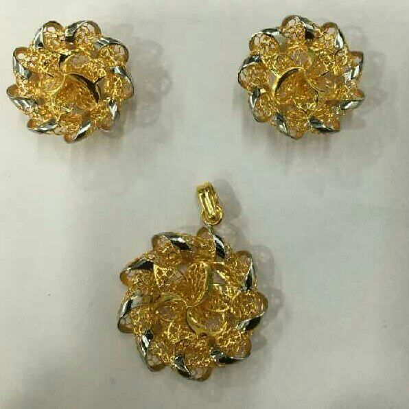 22KT Plain Gold Flower Design Turkish Pendant Set