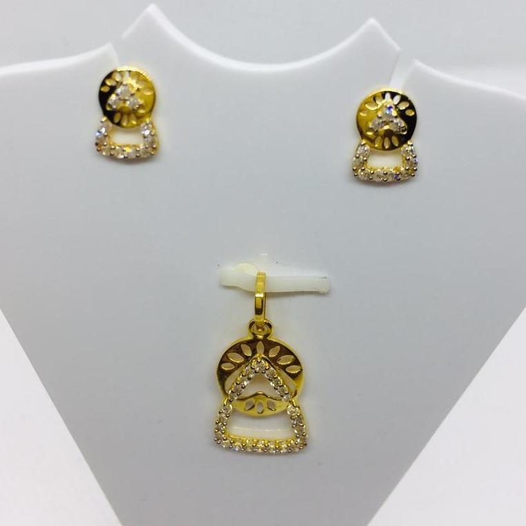 gold pendent tops delicut design