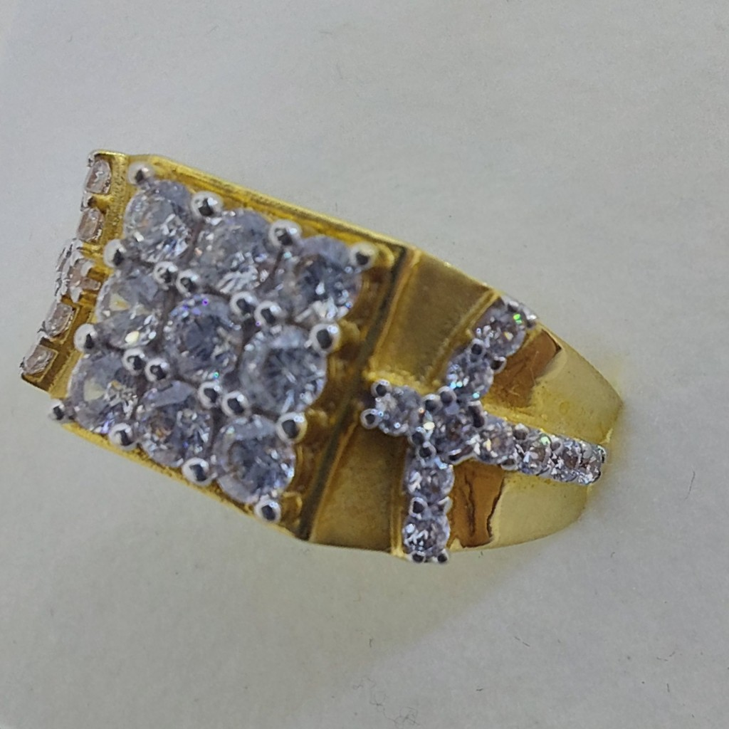 Gents Diamond F. Ring