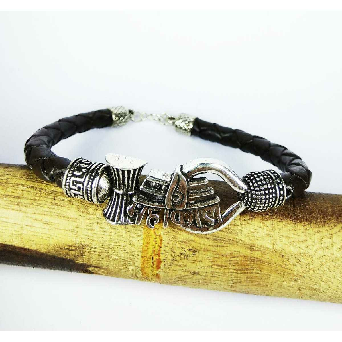 Descent light weight 925 silver black leather mahakal gents bracelet