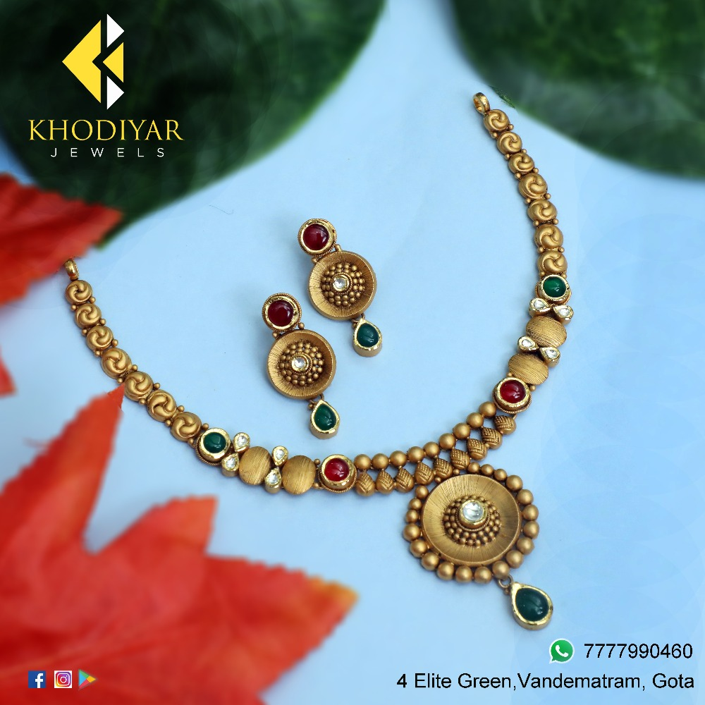 22KT Gold Antique Necklace Set For Wedding KJ-N004