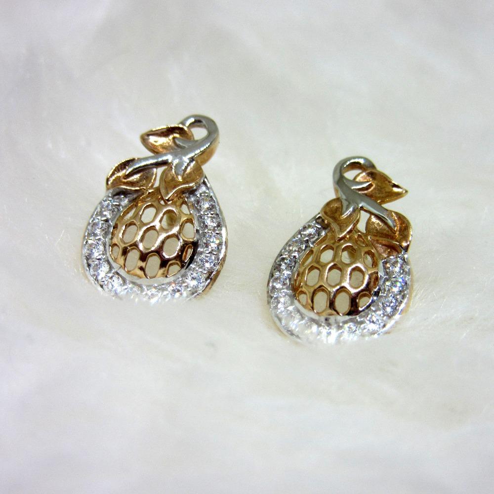 Rose Gold unique Design Pendent Set