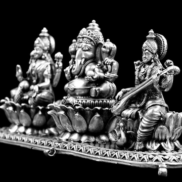 SILVER MURTI by