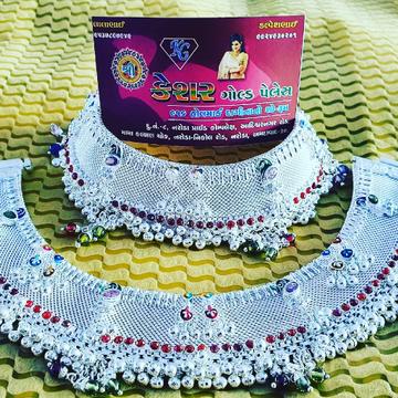 silver marriage payal by Shree Kesar Gold Palace