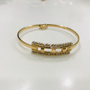 GOLD LOOSE LUCKEY N BRACELET