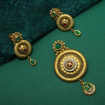 Antique Pendant Set by Simandhar Jewellers